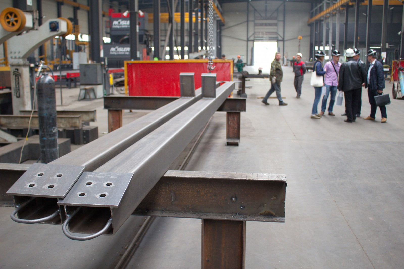 SkyWay metal structures prior to mounting: photo report